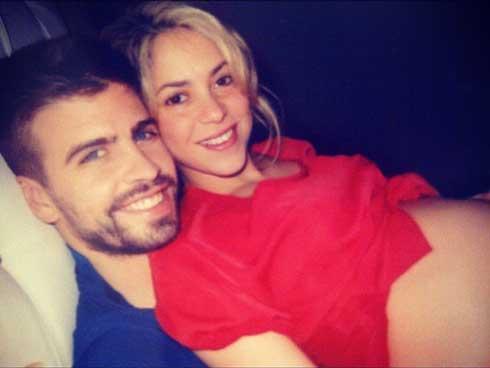 FOTO: Piqué comparte ecografía de su hijo con Shakira