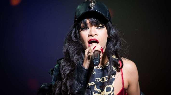 Rihanna presentará en Londres su primera colección de ropa