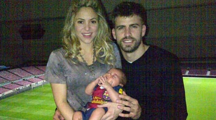 Piqué publica la primera foto con Shakira y su hijo Milan