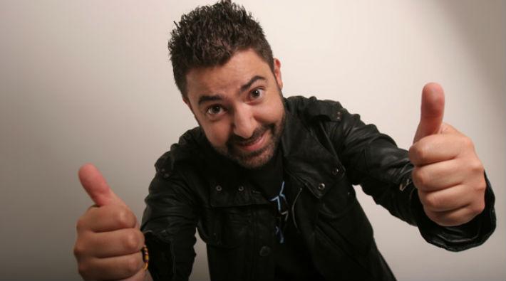 Ivan Marín es el nuevo presentador de Nuestra Semana Nuestra Tele