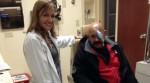 Oscar D'Leon podría recuperar visión del ojo izquierdo