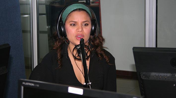 Escucha: Volver a Amar, canción de Adriana Lucia para Marc Anthony