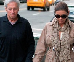 Se divorcian Michael Douglas y Catherine Zeta-Jones