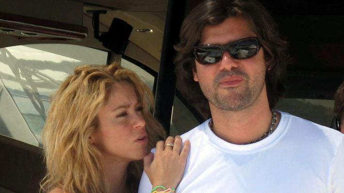 Antonio de la Rúa culpa a Piqué de su pelea con Shakira