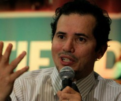 John Leguizamo interpetará a Pablo Escobar en 'King of Cocaine'