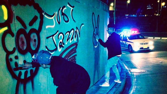 Fotos: Justin Bieber dibujó grafitis en las calles de Bogotá
