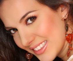 Violeta Bengonzi es la nueva Chica E! Colombia 2013
