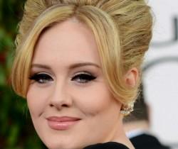 Adele trabaja con Phil Collins en su nueva producción musical