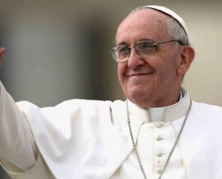 Postulan al Papa Francisco al Premio Nobel de la Paz
