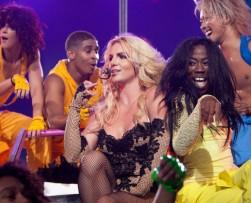 Britney Spears es demandada por fracturarle la nariz a una bailarina