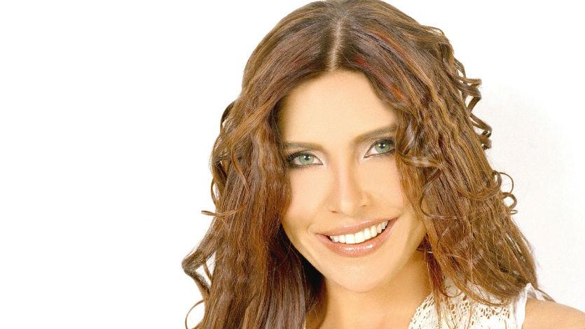 Lorena Meritano inició con la primera de 16 quimioterapias