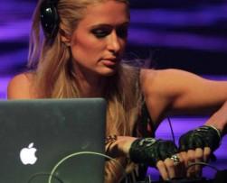 La socialite Paris Hilton estará nuevamente en Colombia