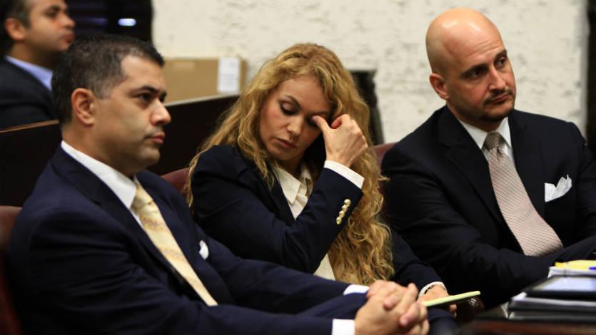 Colombiano que demandó a Paulina Rubio logra acuerdo
