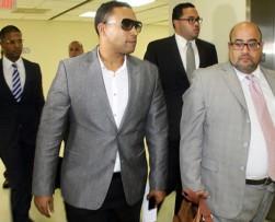 Retiran cargos de violencia doméstica al cantante Don Omar