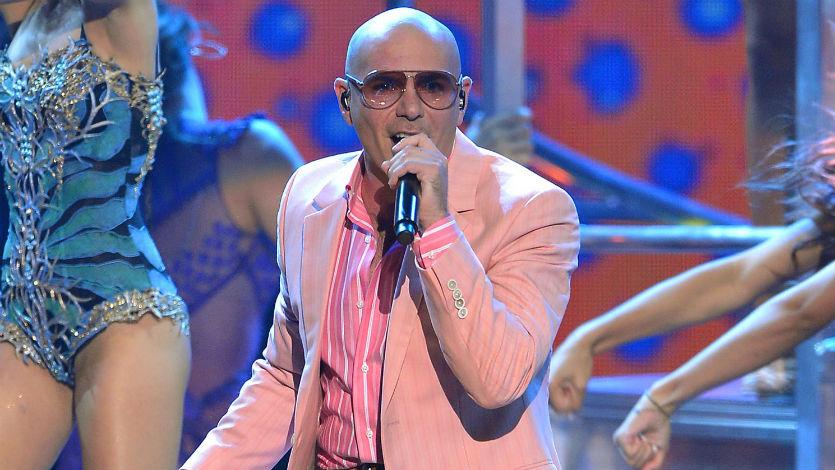Pitbull es el presentador de los American Music Awards