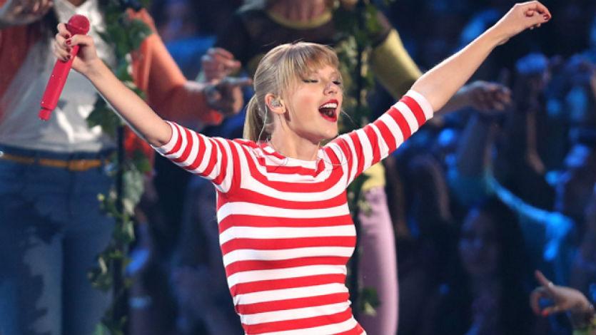 Taylor Swift retira su música del servicio en linea 'Spotify'