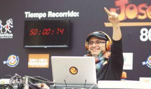 Humorista José Ordóñez logra nuevo récord Guinness