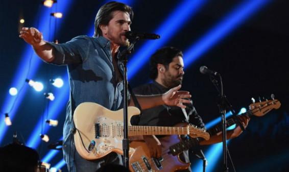 Revive la presentación de Juanes en los Premios Grammy 2015