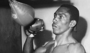 Canal RCN prepara bionovela del boxeador Kid Pambelé