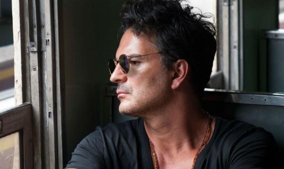 Ricardo Arjona presenta el video de la canción 'Cavernícolas'