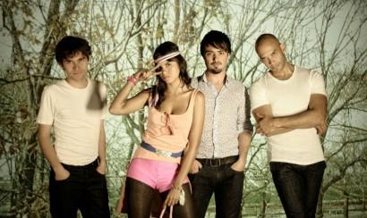 Bomba Estereo presenta su nueva canción Fiesta