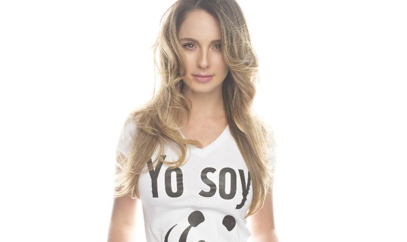 Claudia Bahamón promueve campaña La Hora del Planeta