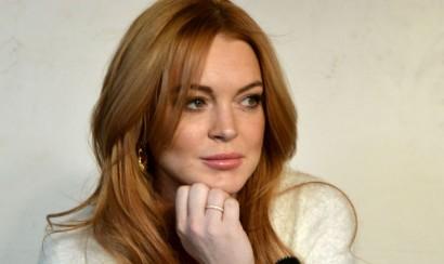 Lindsay Lohan condenada a más trabajos comunitarios