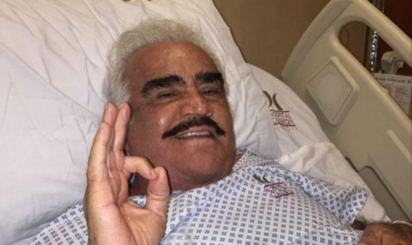 Vicente Fernández, hospitalizado tras ser operado de urgencia