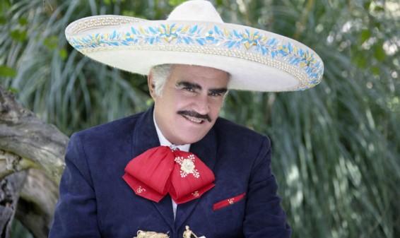 Vicente Fernández fue dado de alta y se trasladó a su rancho