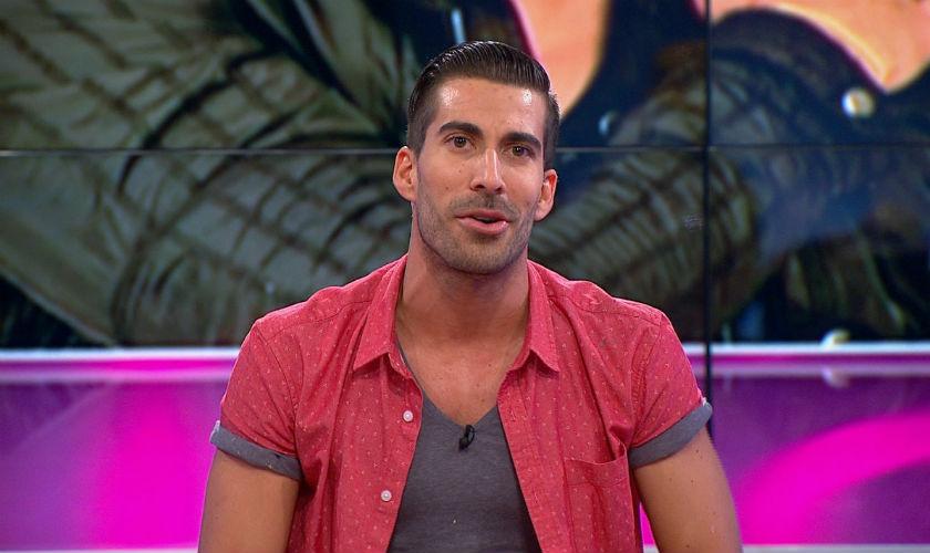 Adrián Lara se estrena como presentador en 'Gana Con Ganas'