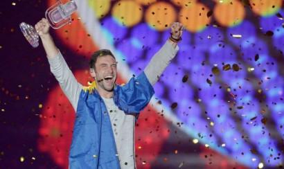 Suecia gana Eurovision 2015 y Rusia en segundo lugar es abucheado