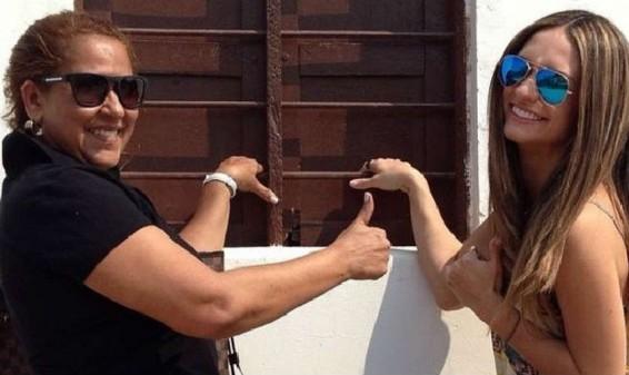 Esposa de Diomedes Díaz estaría cobrando por tomarse fotos con ella