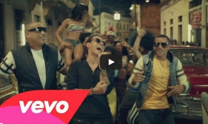 Gente De Zona y Marc Anthony en el video La Gozadera