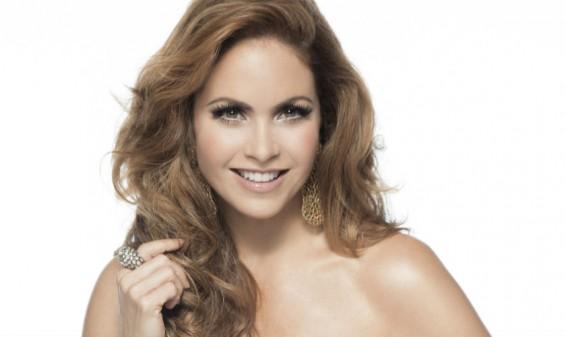 La cantante Lucero conducirá los Latin American Music Awards