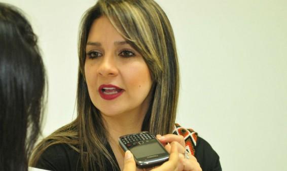 La periodista Vicky Dávila renunció a la dirección de La FM
