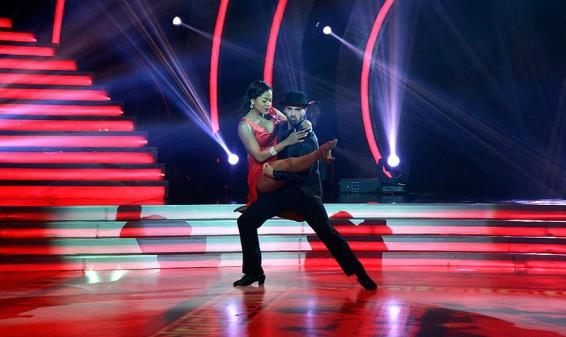 Mike Había noveno eliminado de Bailando con Las Estrellas