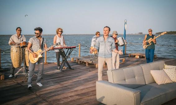 Fonseca presenta el video de su nuevo sencillo 'Vine a buscarte'