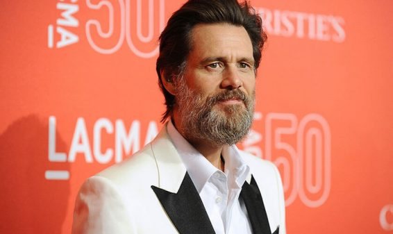 Demandan al actor Jim Carrey por la muerte de su novia