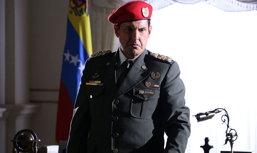 Trailer de la serie El Comandante Hugo Chavez - Entretengo