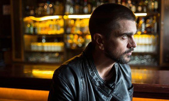 Juanes presenta el video de su más reciente sencillo 'Fuego'