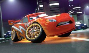 Revelan nuevo trailer de 'Cars 3' con el Rayo McQueen - Entretengo