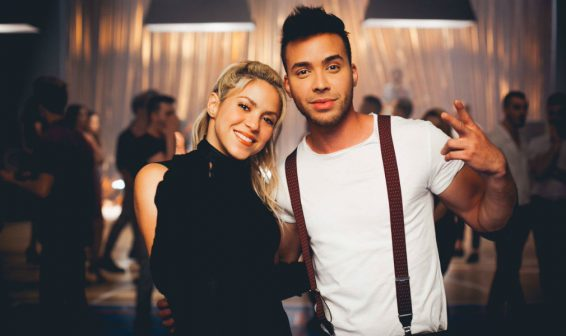 Así se prepara Shakira para bailar en el  video musical de 'Deja Vu'