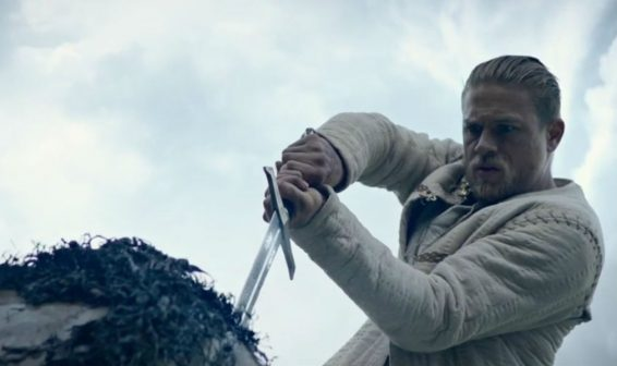 Revelan trailer de la película 'Rey Arturo: La Leyenda de la Espada'