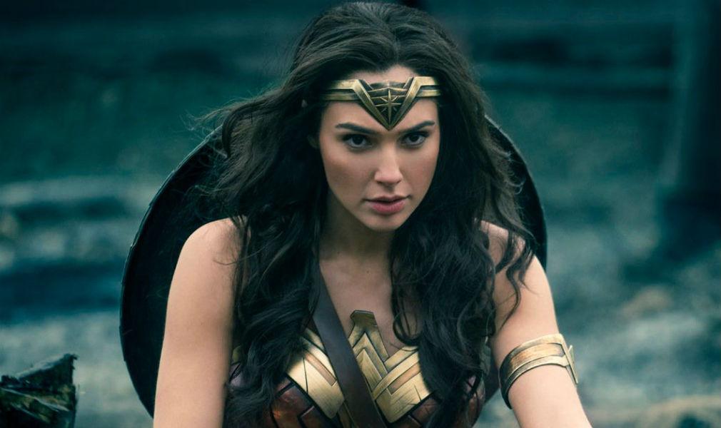Gal Gadot  La Mujer Maravilla  baila en un vídeo en ropa interior 56bfce6e5749