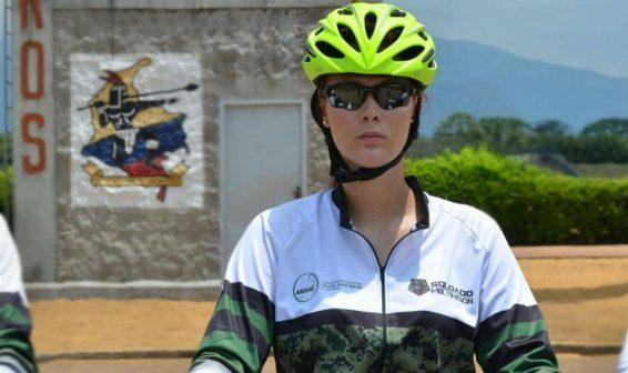 Así es en la civil  la Teniente Rojas de Soldados 1.0 del Canal RCN