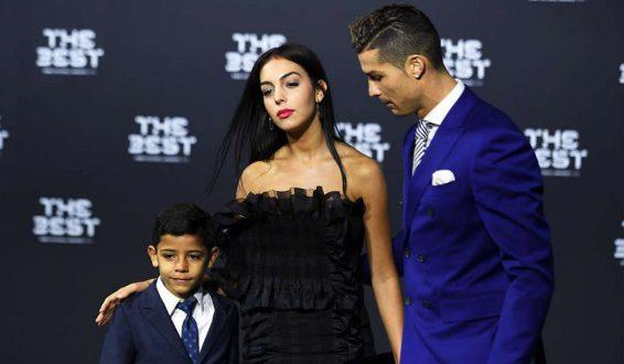 Cristiano Ronaldo confirma embarazo de su novia Georgina Rodríguez