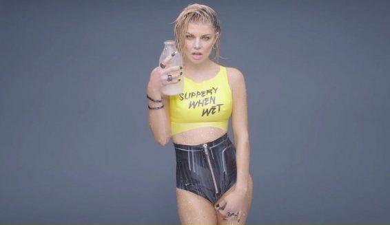 Fergie lanza su nuevo álbum musical 'Double Dutchess'