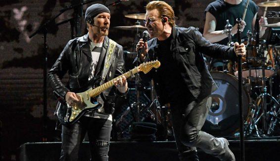 U2 estrena su nueva canción titulada 'Blackout'