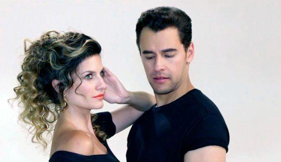 Ivan López y Mabel Moreno presentarán premios TVyNovelas 2017