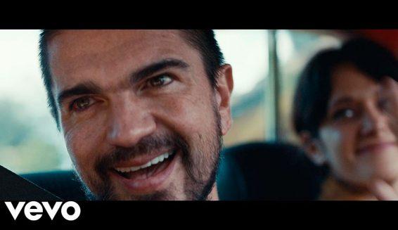 Juanes presentó el video de su canción 'Es tarde'
